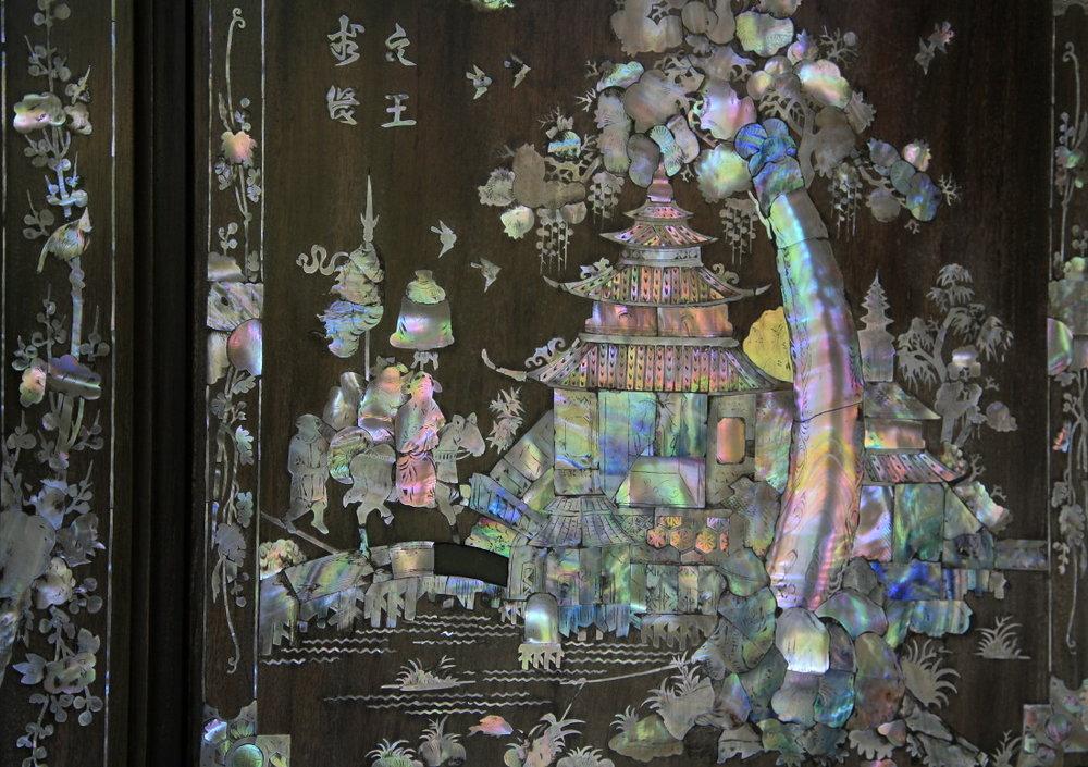 Nacre incrustée sur le mobilier, fabuleux artisanat vietnamien, SaDec