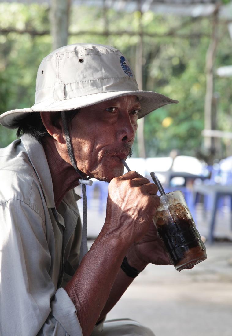 Pause café frappé à Cantho
