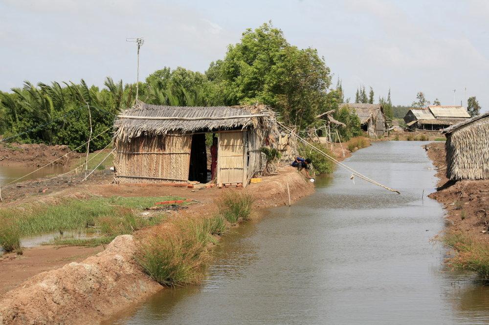 Canaux de pisciculture près Badong
