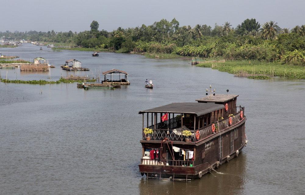 Bateau de croisière sur le delta du Mékong