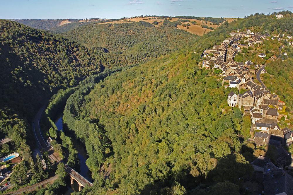 Les gorges de l'Aveyron et sur les hauteurs; Najac