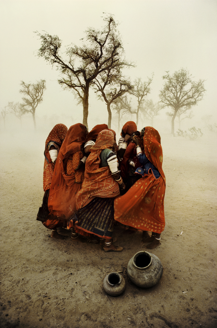 Dust Storm, Rajasthan, India 1983 - ©SteveMcCurry