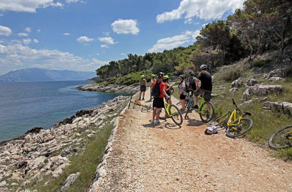 CU.Brac.BikeTour_SD4000.JPG