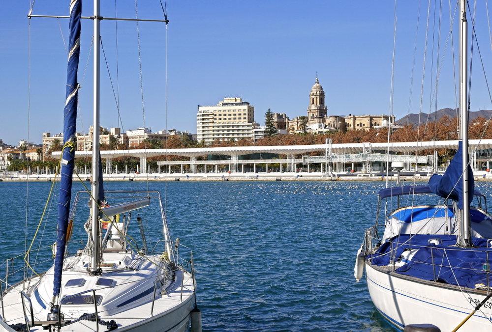 Marina à Muello Uno