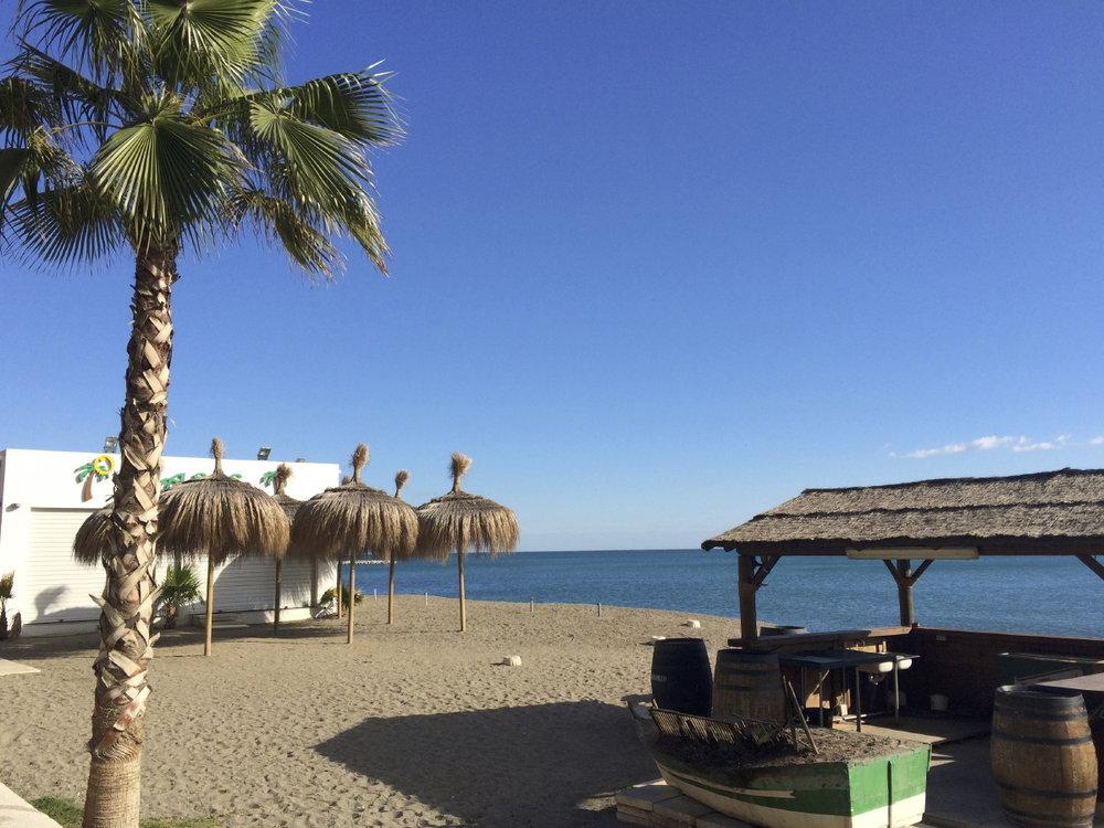 Bars de plage très chic à La Caleta