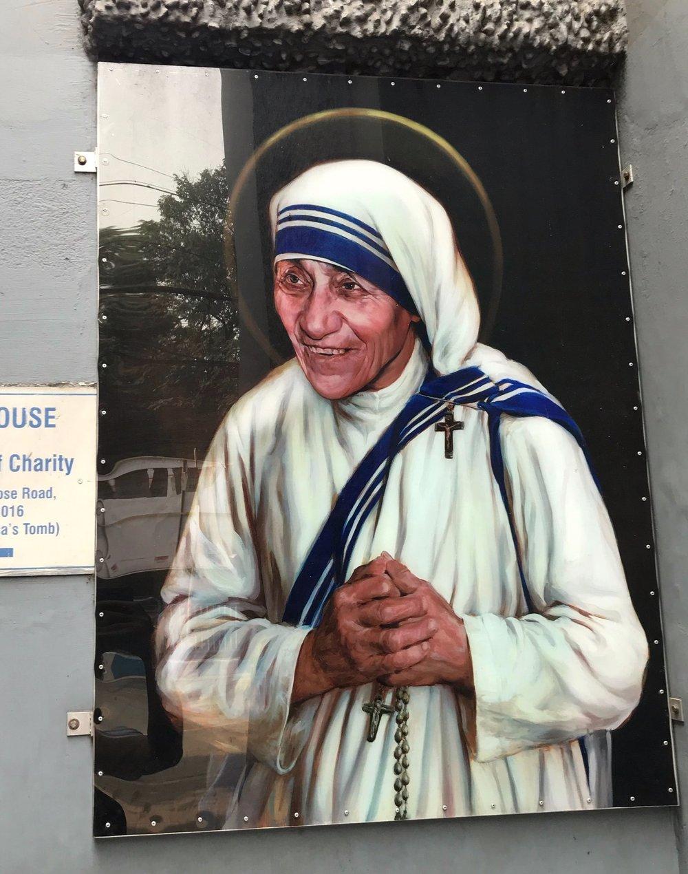 Maison-mère des Missionnaires de la Charité, abrite la tombe de Mère Térésa