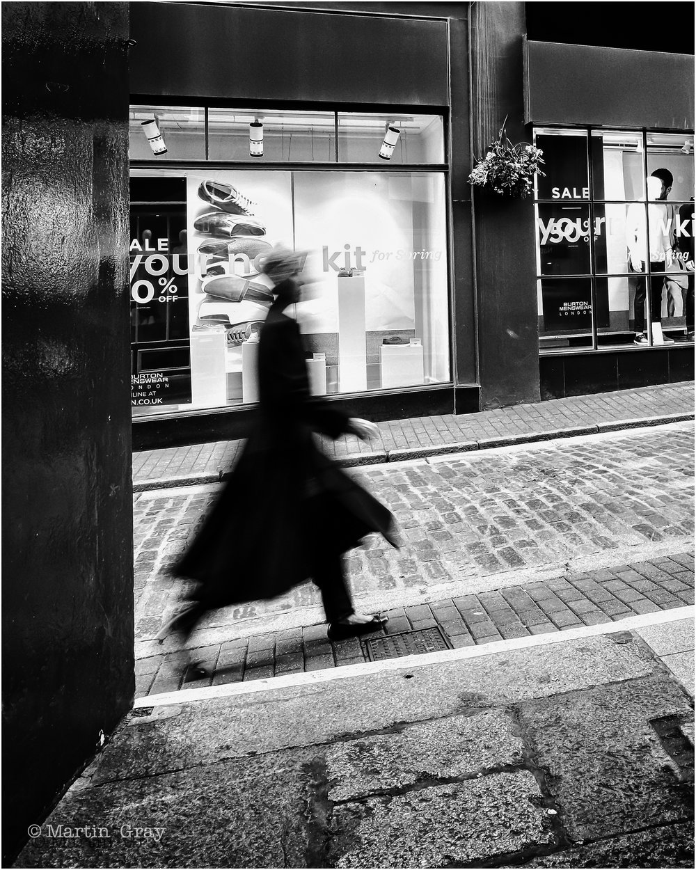 'The Walk to Work'... A sense of movement in B+W....