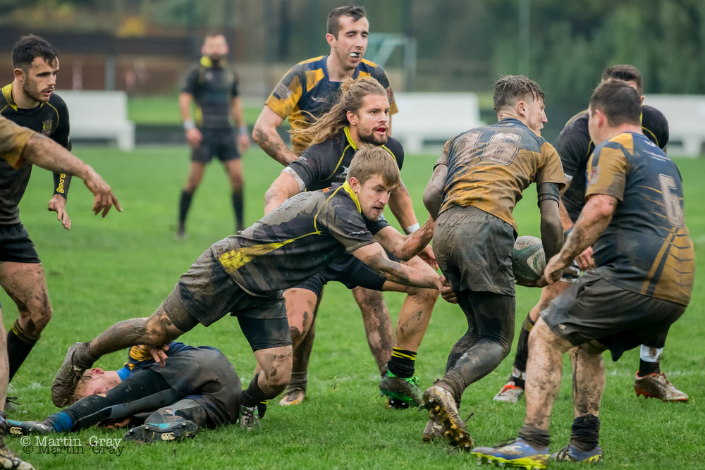 St Jacques Vikings v Holbrook RFC played at KGV Playing Fields on 1st December 2018… Vikings run out 21-12 winners in gloomy wet conditions!