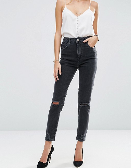 Jean Mom Fit Asos 46,99€
