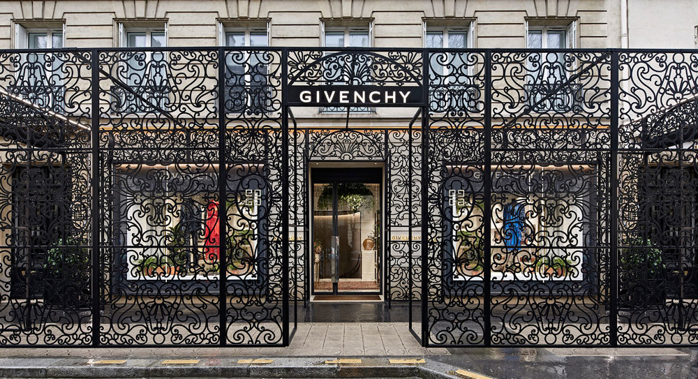 GIVENCHY PARIS.jpg