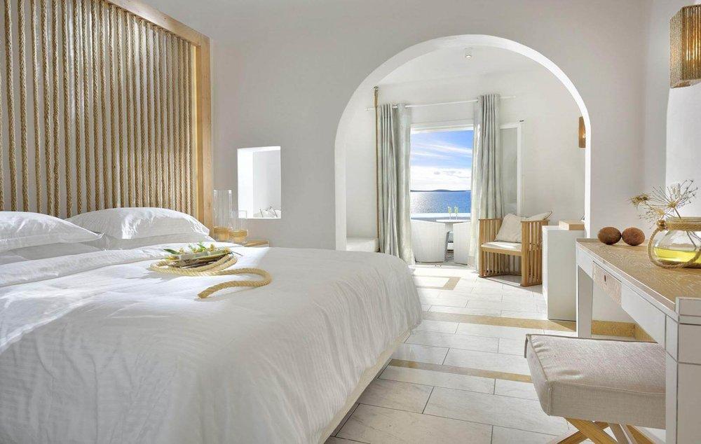 Saint-John-Mykonos-Hotel-3.jpg