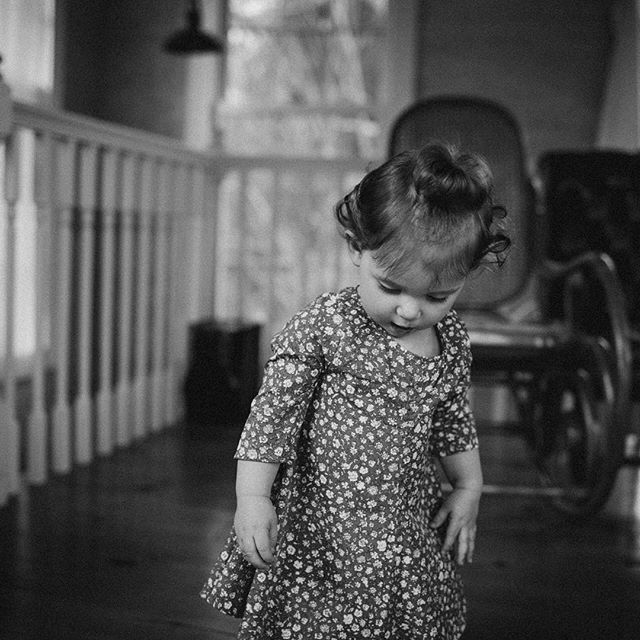 #charlottesville #virginia #childhood #child #baby #photography #photographer #lookslikefilm #vsco #birthday #studio #blackandwhitephotography