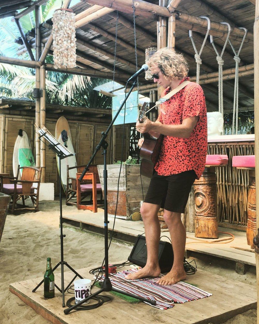 Matty playing in Montañita