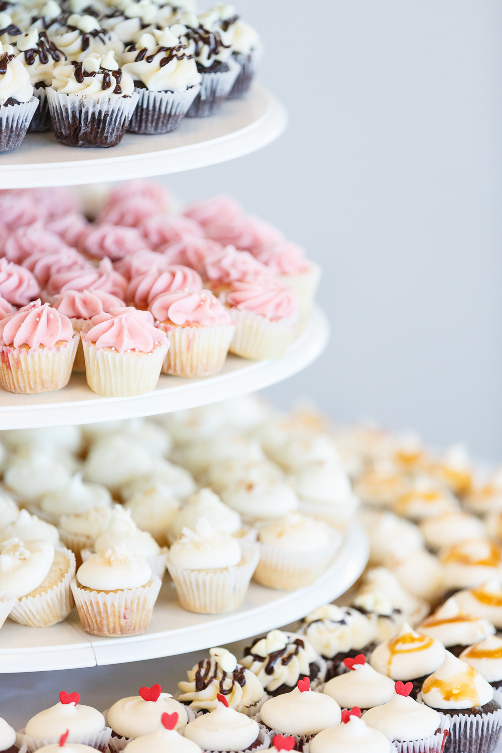 Amazing Cupcakes — BITTERSWEETS BAKERY featuring STUNNING WEDDING ...