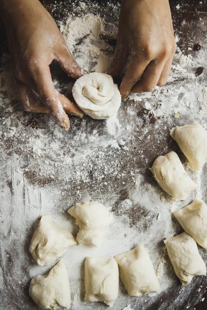 scallion pancake rolling