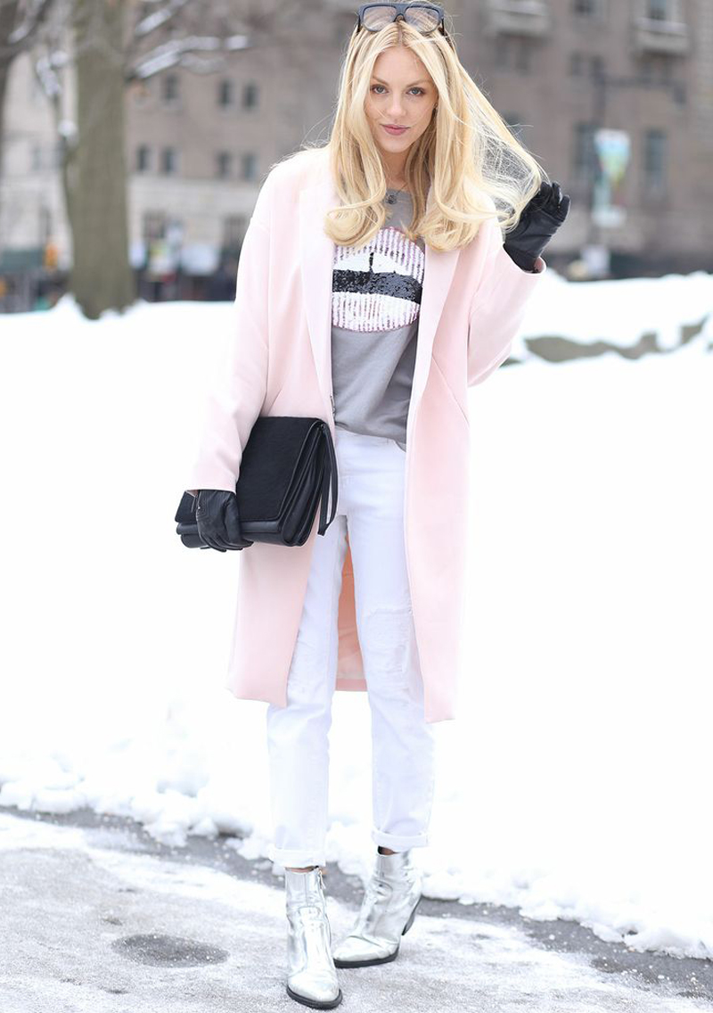 We're on the hunt for the perfect pink coat for the upcoming season. How amazing is Shea's? Get the full details on   Peace, Love, Shea  .