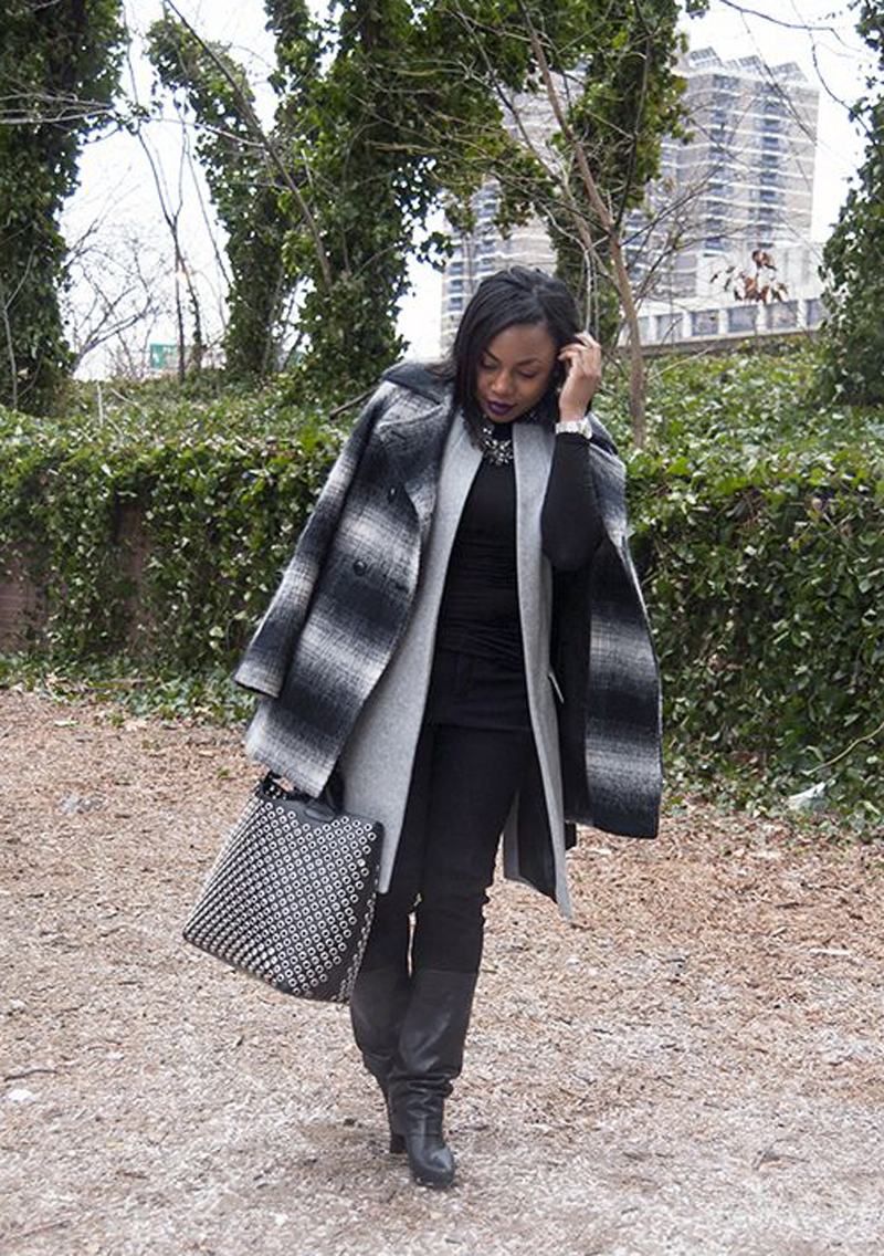 Kela of  Kela's Kloset  mixes different textures to achieve a layered look. That bag is everything, too !  See the full details on her blog  here .