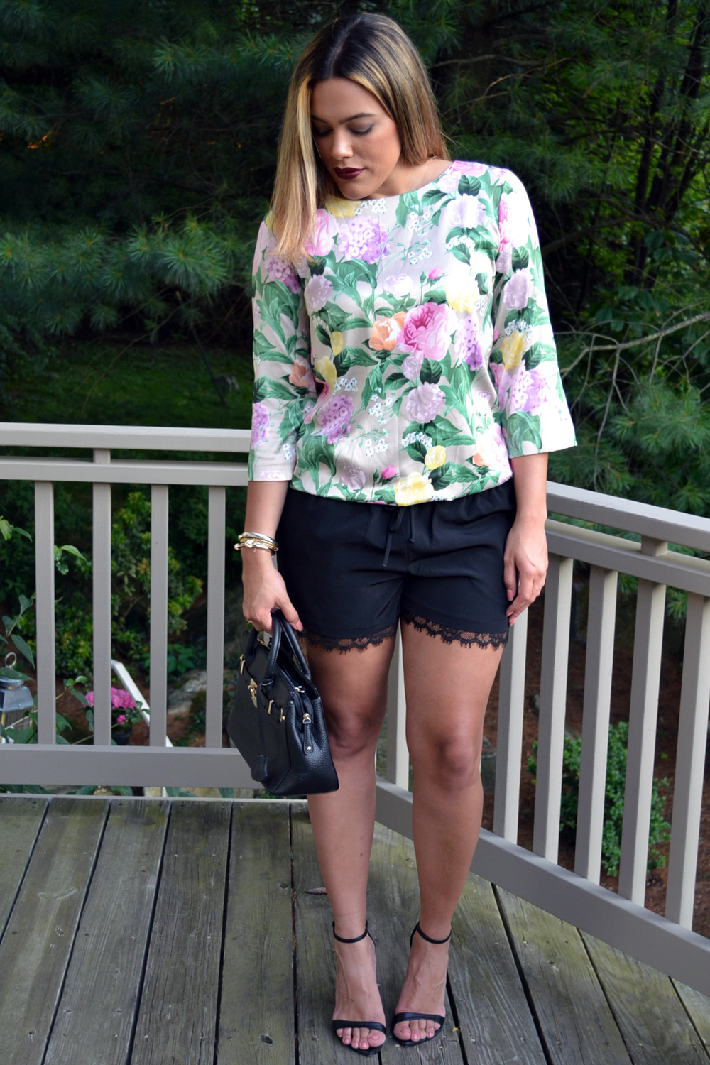 how-to-wear-a-dress-as-a-top-and-express-lace-trim-shorts.jpg