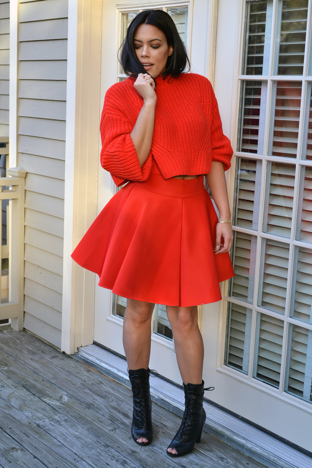 how-to-wear-h&m-red-cropped-oversize-sweater-red-flared-skirt-peaceloveshea-steve-madden-leather-boots-how-to-all-red-outfit.jpg