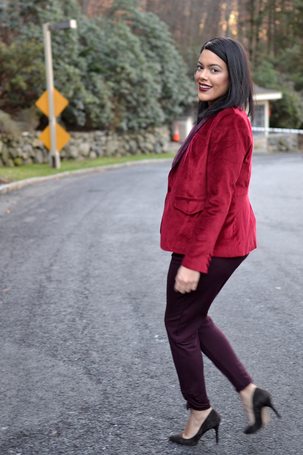 how-to-wear-hm-burgundy-jumpsuit-altuzarra-red-velvet-blazer.jpg