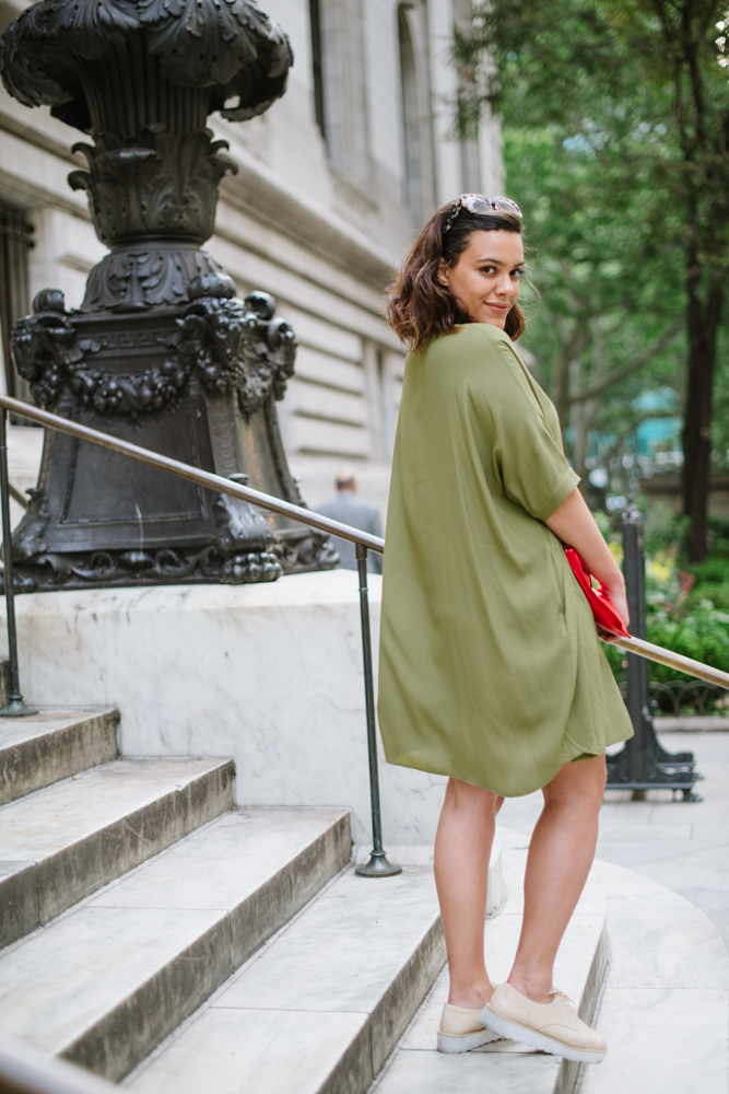 how-to-wear-a-shirtdress-blush-and-olive-green-latina-new-york-city-fashion-blogger-style-operator-summer-fashion.jpg