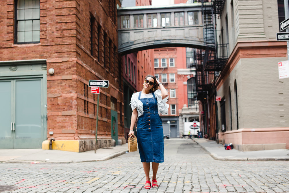 how-to-wear-denim-overall-dress-jcrew-apron-dress-who-what-wear-stripe-ruffle-blouse-latina-new-york-city-fashion-blogger-style-operator-summer-fashion.jpg