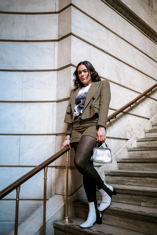 how-to-style-zara-houndstooth-short-suit-latina-new-york-city-fashion-blogger-style-operator-winter-fashion.jpg