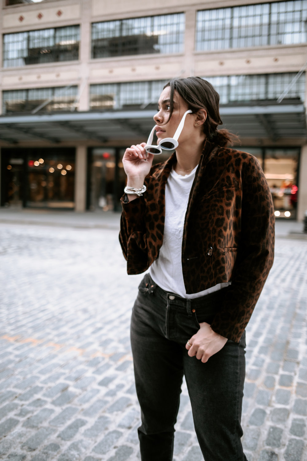 how-to-style-zara-leopard-jacket-white-boots-levis-wedgie-jeans-latina-new-york-city-fashion-blogger-style-operator-winter-fashion.jpg