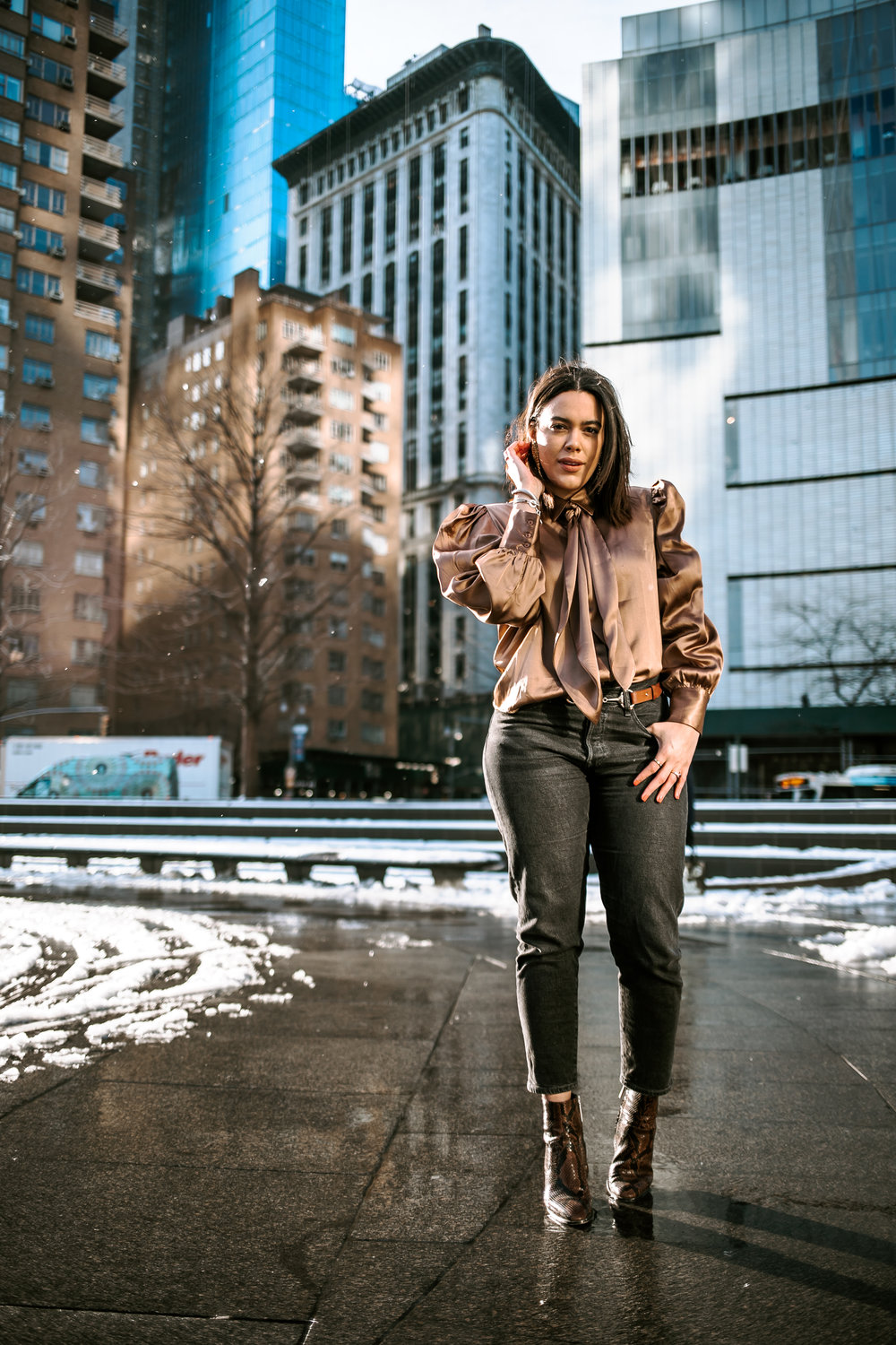 how-to-style-puff-sleeve-blouse-inspr-brittany-xavier-leavis-wedgie-jeans-latina-new-york-city-fashion-blogger-style-operator-winter-fashion.jpg
