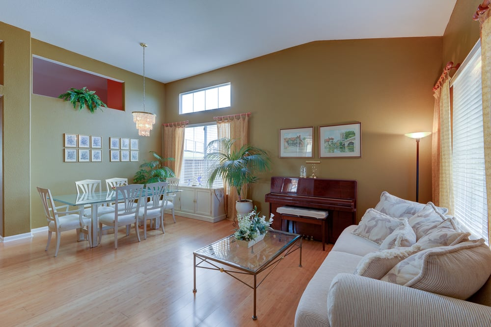 1038 Oakpoint Dr_5.jpg