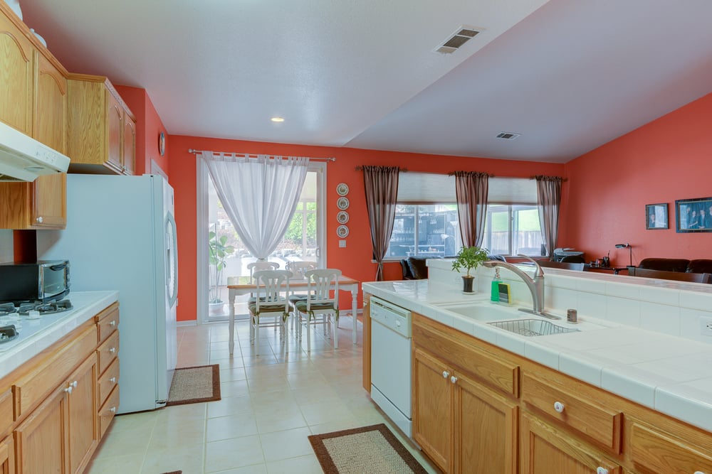 1038 Oakpoint Dr_16.jpg