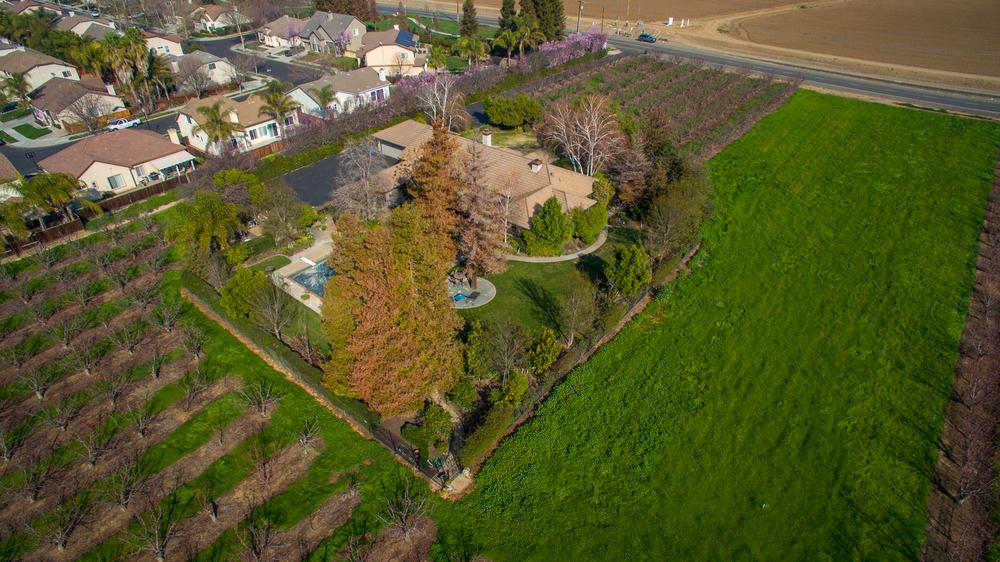 Aerial - Brentwood_18.jpg