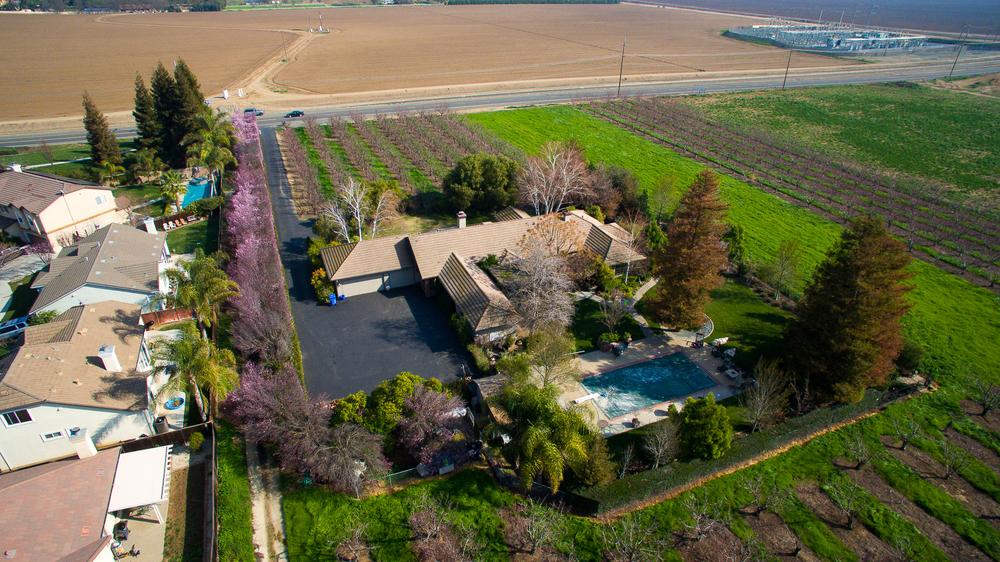 Aerial - Brentwood_19.jpg