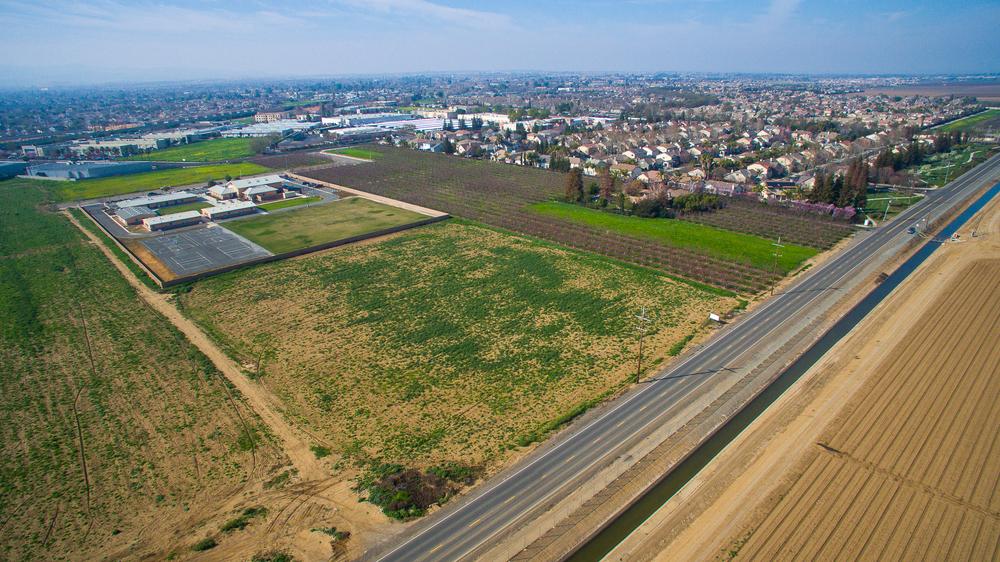 Aerial - Brentwood_26.jpg