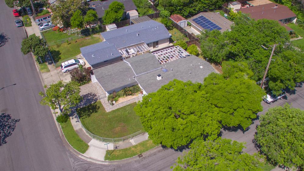 847 Lakewood Dr - Aerial_1.jpg