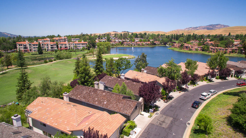 5280 E Lakeshore Drive - Aerial photos_3.jpg