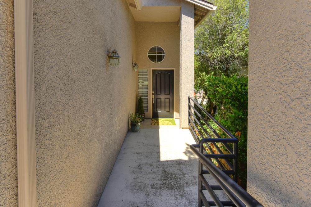 5280 E Lakeshore Drive 4.jpg