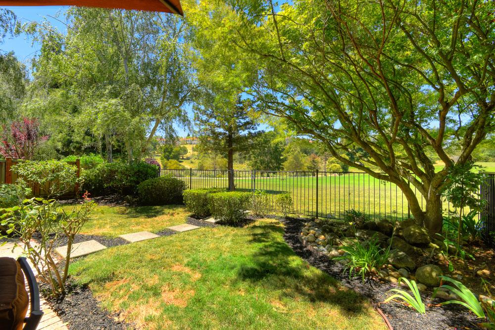 5280 E Lakeshore Drive 33.jpg