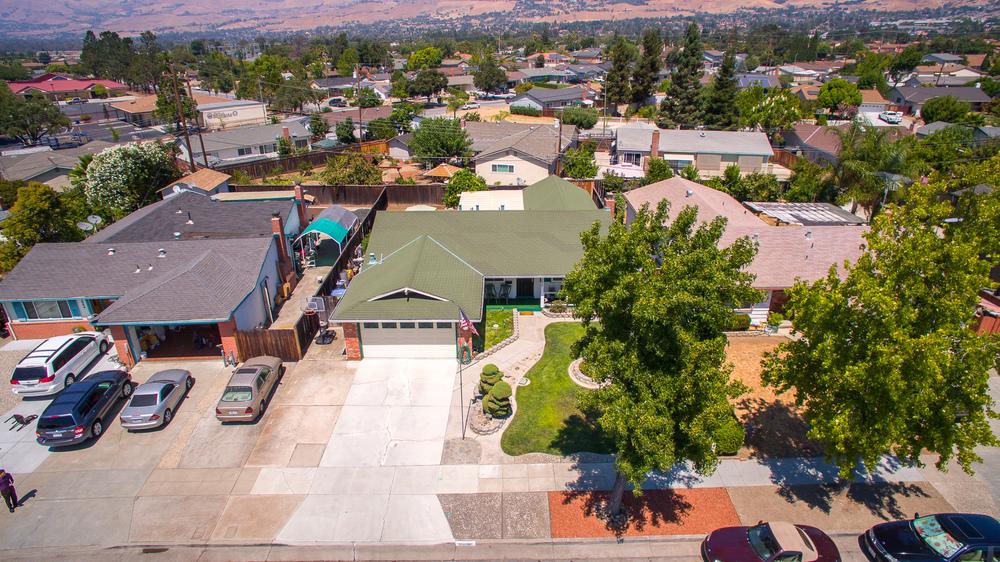 3010 Fairfax - aerial_1.jpg