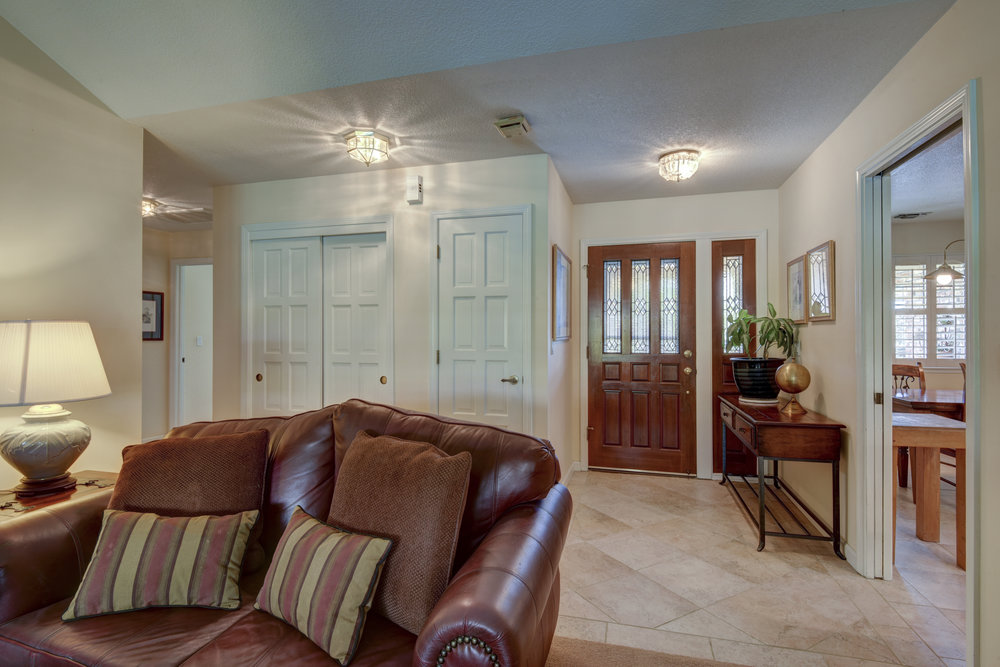 3807 Sweetwater Dr_5.jpg