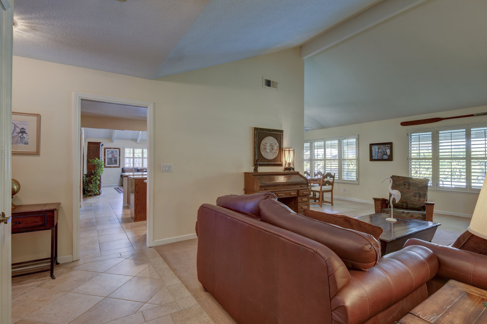 3807 Sweetwater Dr_6.jpg