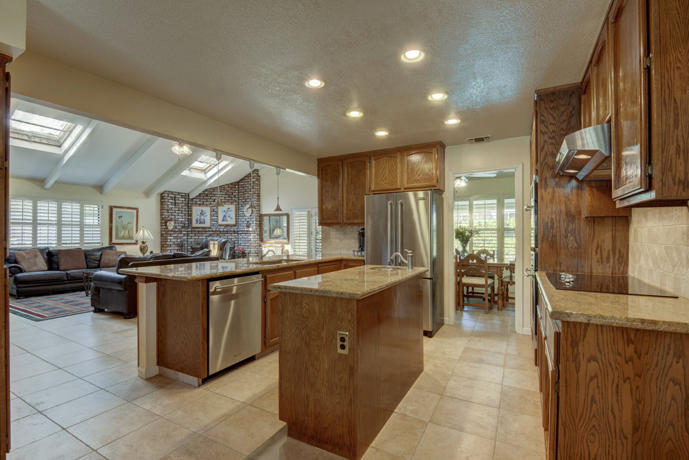 3807 Sweetwater Dr_12.jpg
