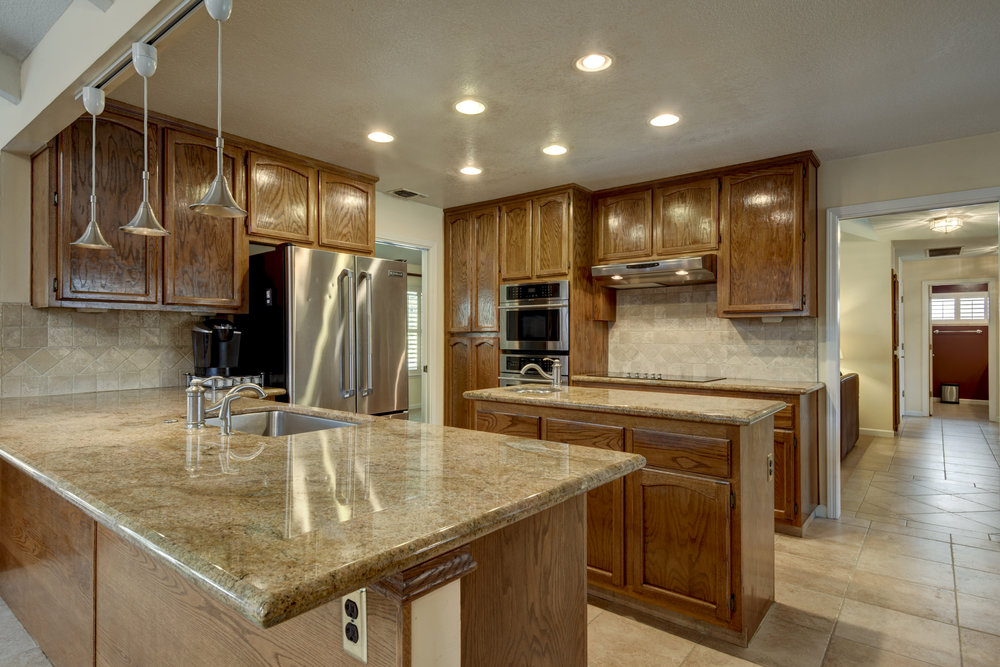 3807 Sweetwater Dr_13.jpg