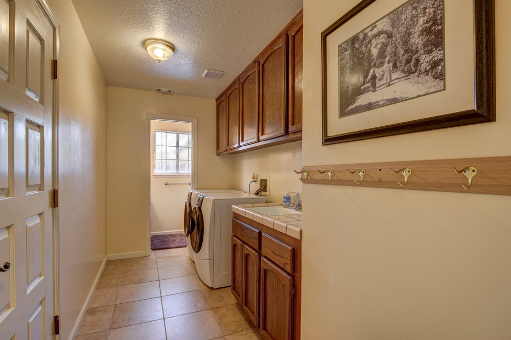 3807 Sweetwater Dr_20.jpg