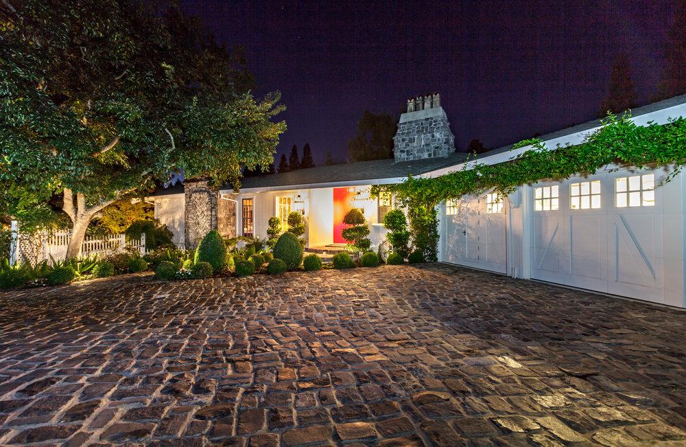 2061 Casa Nuestra_Twilight-10.jpg