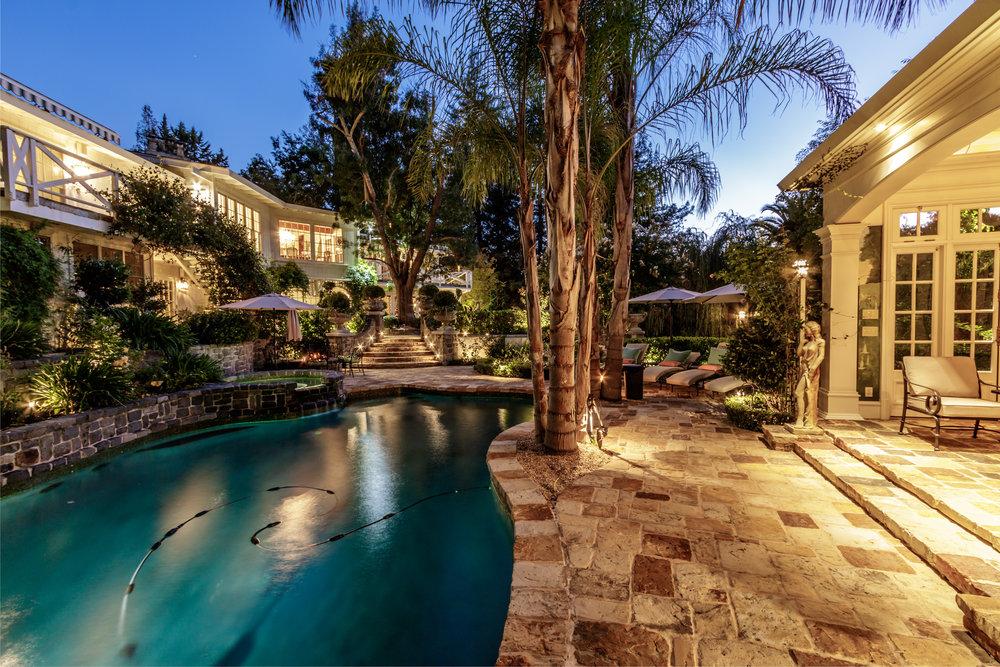 2061 Casa Nuestra_Twilight-6.jpg