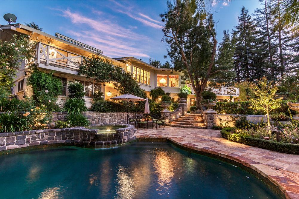 2061 Casa Nuestra_Twilight-7.jpg