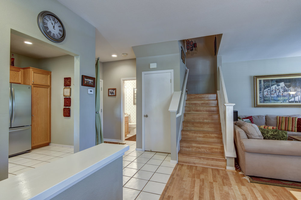 409 Shandon Ct_8.jpg