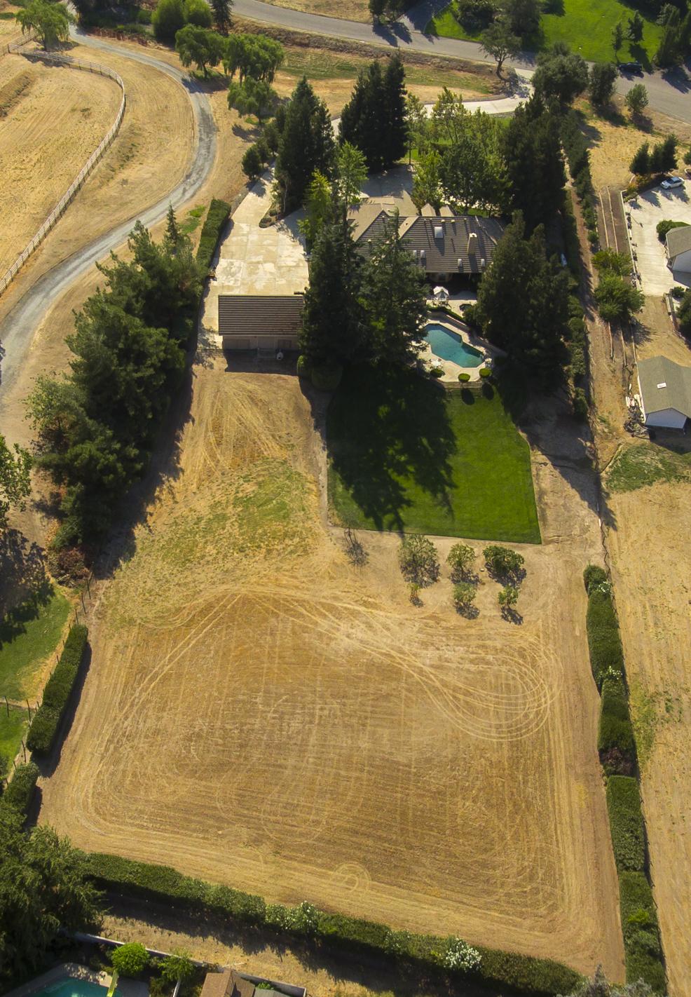 8518 Oak Creek Ct - Aerial_5.jpg
