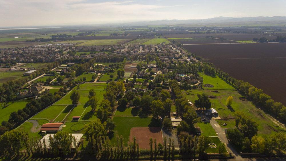 3601 Valley Oak Dr - Aerial_11.jpg